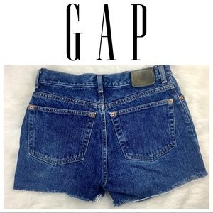 ⬇️$29 Gap Special Edition Button Fly Denim Shorts